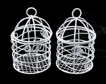 Decorative Metal Mini Bird Cages Centerpiece, White