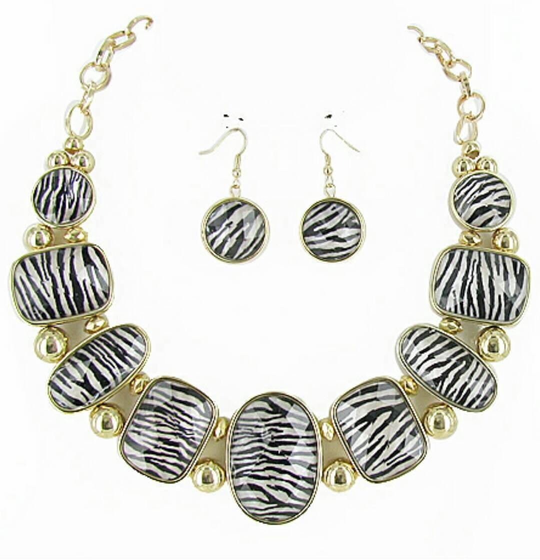 zebra print necklace set zebra necklace by earresistiblesivory