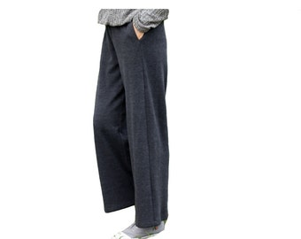 Loose comfortable wide leg trousers
