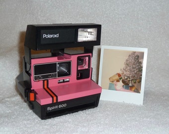 spirit 600 polaroid camera upcycled with red by upcycledclassics. Black Bedroom Furniture Sets. Home Design Ideas
