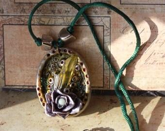 Crystal Rose - Precious necklace
