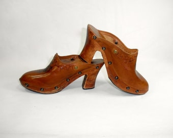 70s Hippie Chic Platform Leather and Wooden Clogs by Pina Colada, Made in Brazil, Women's Size 7 M