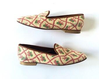 Vintage Zalo Needlepoint // Tapestry Slip-on Flats Loafers sz 8