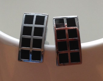 Black and silver checkered rectangular cufflinks