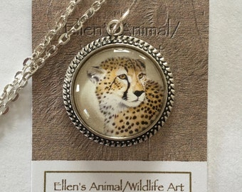 Cheetah Pendant,Cheetah necklace, Cheetah Jewelry, Cheetah art, Wildlife art. animal lover, Big Cat jewelry, Wildlife
