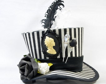 Steampunk mini Hat - stripes - black and white antlers cameo antler - Fascinators - headpiece