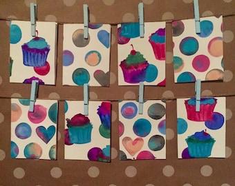 Cupcake and polkadot stationary