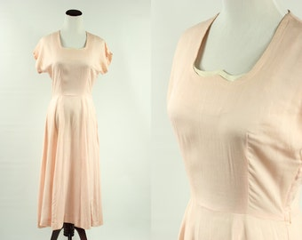 1940's Pink Cotton Dress w/ Scalloped Collar