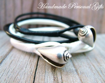 Bracelet leather , shell, white, black, beach, wrap bracelet
