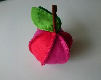 Apple rattles