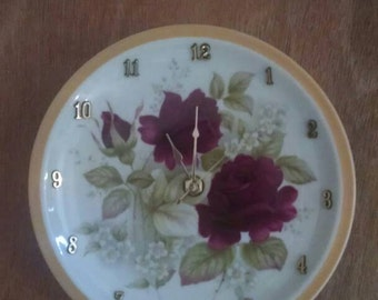Red Rose Radiance - 7 1/2 Inch Clock -