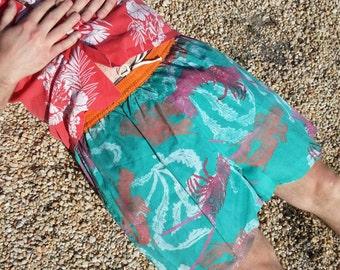 Size L/XL lobster print men's swim trunks shorts teal orange pink white / 80s vintage