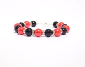 Beaded bracelet, Pearl bracelet, black bracelet, Black and red pearl bracelet, glass pearl bracelet, black and red jewelry, wedding jewelry