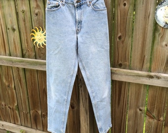 90s VINTAGE LEVIS JEANS, high waisted mom jeans/distressed stone wash denim
