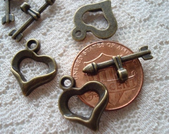 Close-Out! 40 Heart & Arrow Toggles. Velvety Bronze. Vintage Style Bronze Heart Clasps. 18mm TBars.  ~USPS Ship Rates from Oregon