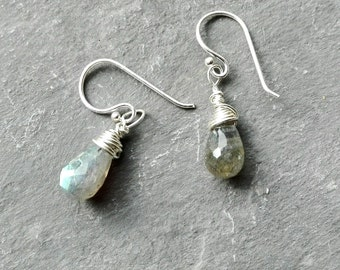 Lovely labradorite earrings, sterling silver earrings, briolette , healing crystals, chakra stones