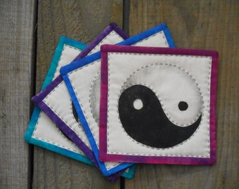 Hand quilted coaster yin yang mug rugs in blue, purple, teal, fuchsia, black and white, set of 4 fabric coasters