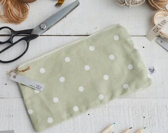Large Zipped Green and White Spot Print Pouch-Make up Bag - Pencil Case - Handbag Organiser - Knitting Pouch - Gadget Case