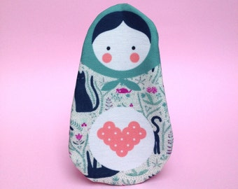 Russian doll Cat - Kit - (16x10cm)
