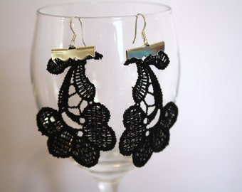 La Fleur Black Lace Earrings