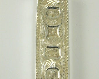 Ingot pendant vintage sterling silver 31.0 grams very decorative dated 1979