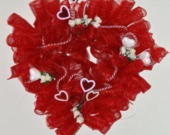 Valentines Day Wreath, Deco Mesh Wreath, Heart Wreath, Door Decoration, Ready to Ship!