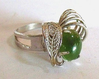 Adjustable Jade Ring - Silver Tone Filigree Ring with 6x4 mm Jade Cabochon - Costume Jewelry Adjustable Ring