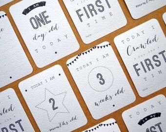 Baby Milestone Cards - Unisex Boy or Girl Gender Neutral - New Baby, Newborn, Birth, Mummy, Parent Christening Gift - WHITE or KRAFT