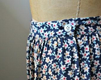 RALPH LAUREN VINTAGE Skirt, Red White And Blue Flower Pattern Long Silk Skirt, Size 10