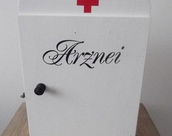 Wall cabinet, medicine cabinet vintage