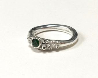 Joro Tsavorite Ring