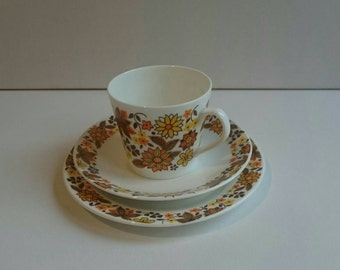 Rosina Bone China Trio in Oranges and Yellows
