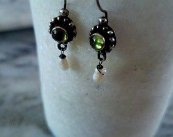 vintage pearl and peridot earrings
