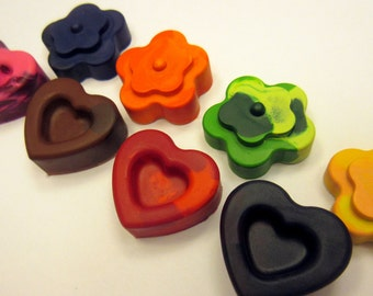 Set of 8 Colorful Heart and Flower Crayons