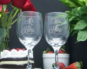 Custom Engraved Mr. and Mrs. Wine Glasses / Set of 2 / Etched Stemmed Wine Glasses / Personalized Wine Glasses /  Anniversary : Wedding Gift