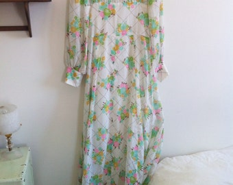 70s long floral dress, long sleeves, nice pastel colors / small