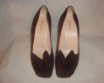 Brown Suede Prada Petal Open Toe Pumps 37/7M