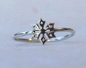 Sterling Silver Ring, Silver Snowflake Ring, Silver Star Ring, Silver Geometric Ring, Silver Band Ring