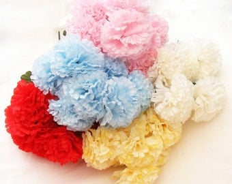 8 Head 8cm Carnations Posy