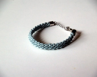 Bracelet - made hemp yarn, knotted - * in 5 colors * with length-adjustable, silver clasp