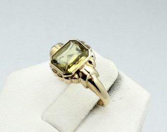 Rare Ostby and Barton 10K Yellow Gold Ring with a Created Yellow Green Sapphire.  #OSTBY10-GR4