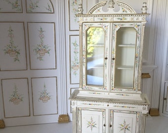 Dollhouse 1:12 Jiayi dining room or kitchen cabinet