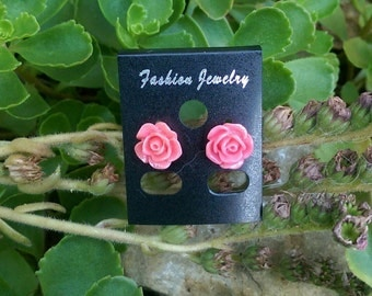 Adorable rosette earrings