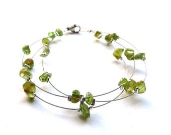 Semi precious gemstone jewelry, peridot bracelet, green gemstone bracelet, natural peridot jewelry, natural green crystal jewelry,  trysna