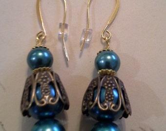 Triple Glass Pearl Earrings E 209