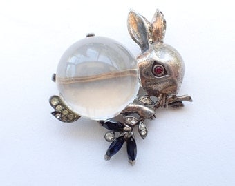 REDUCED Vintage Trifari Jelly Belly Rabbit brooch from the 40's Figural RARE AB180