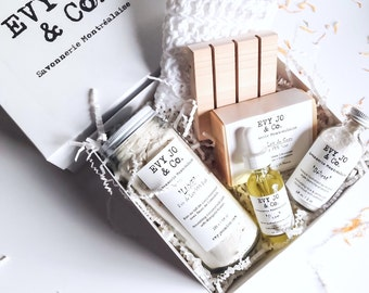 Spa Gift Set - Spa set, Skincare set, Bath Gift Set, Spa Gift Box, Vegan Organic Skincare, Bath Salts, Facial Mask, Soap, Ensemble-Cadeau