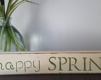 "Distressed Wooden ""Happy Spring"" Sign"