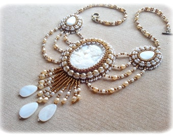 Victorian necklace, cameo in mother of Pearl/ivory and bronze/chic-multi-strand-old Style