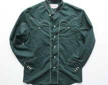 Vintage 70s / 80s Prendas Tipicas Mr. Gutierrez Embroidered Banded Collar Forest Green Mexican Southwestern Shirt Size 38 / M / S
